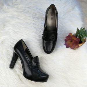 Me Too Black High Heels Pumps Size 9